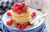 547105_food_dessert_pancakes_fresh_fruits_rassberries_1960x1289_
