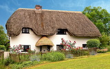Thatched cottage in Monxton, Hampshire by Anguskirk