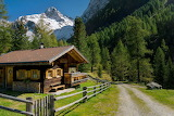 Cottage Austria - Royaltyfree from Piqsels id-fsixn
