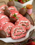 Chocolate-covered strawberry rice krispie pinwheels