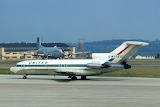 United Airlines Boeing 727 with Douglas C-124 in Backgroundb