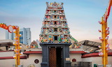Singapore, Sri Mariamman Temple