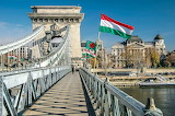 Budapest-the chain bridge