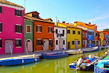 Burano coloured houses canal