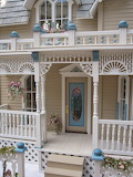 Colorful doll house 04