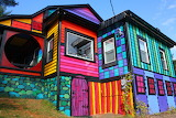 Psychedelic-rainbow-house-12