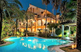 Amazing private villa, pool and garden at night