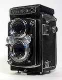Vintage camera13-Yashica D-Twin