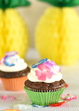Hawaiian coconut cupcakes