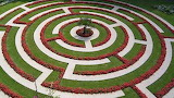 Labyrinth-garden-Boulogne-France